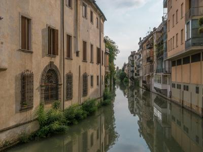 The Sustainable Riverside Tourism Activities of Veneto Region
